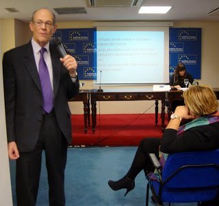 Jornada en el Instituto Europeo de Salud y Bienestar Social – Lúpicos Solidarios JL1 el poder de curar 治愈的力量 JL1