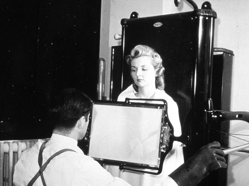 rayos x Rayos X: De hallazgo científico a fenómeno cultural historical x ray nci vol 1893 300 web